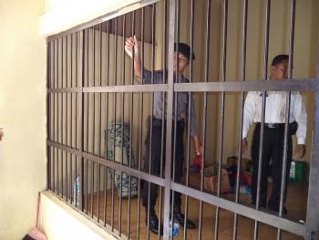 Curiga Benda Berbahaya, Polisi Periksa Rutin Sel Dan Barang Tahanan